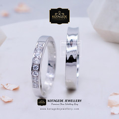 Cincin Nikah Palladium (cincinkawin.palladiumemas) Tags: weddingring wedding jewelry jewellery jewelleryonline jewelleryshop jewellerystore jualcincinpalladium jewellerydesign cincinpalladium cincinkawin cincinnikah cincinkawinpalladium cincinnikahpalladium
