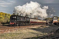 'City of Wells' at speed (Tony Teague (Slowcomo)) Tags: brmk1stock greatcentralrailway no34092cityofwells srbrbattleofbritainclass swithlandsidings timelineeventscharter bloodcustardlivery preservedrailway heritagerailway steamrailway steamlocomotive tonyteague
