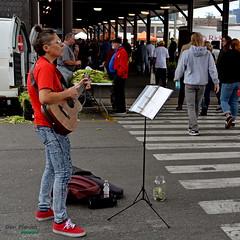 Red Shoe Singer (FrogLuv) Tags: detroitmichigan streetphotography easternmarket photowalk people farmersmarket singer red