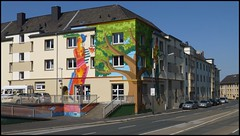 Essen - Krampestraße (abudulla.saheem) Tags: wallpainting wandmalerei wandgemälde krampestrase essen ruhrpott ruhrarea ruhrgebiet nrw germany deutschland panasonic lumix dmctz31 abudullasaheem