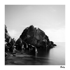 201809  Fenniaolin  Yilan County (BALY WU) Tags: 宜蘭縣 東澳 粉鳥林 hasselblad 503 cx 80mm f28 hp5 lc29 taiwan fenniaolin stone fishing village