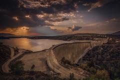 Pantano del Atazar (jcasas_10) Tags: madrid atardecer sunset nikon d750 hdr nisi pantano atazar sol clouds puestadesol demadridalcielo carretera