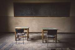 scuola pubblica (GalloInTheBox) Tags: urbex italy abbandono abbandonata