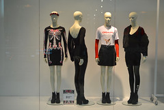 Ready for Halloween (radargeek) Tags: mall oklahomacity mannequin quailspringsmall display reflection 2018 october oklahoma skeleton dress