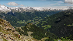 View from the Speikboden to the Zillertal Alps and the Ahrntal in South Tyrol (Ostseetroll) Tags: geo:lat=4691767500 geo:lon=1189093490 geotagged ita italien luttach speikboden südtirol zillertaleralpen zillertalalps ahrntal southtyrol olympus em5markii