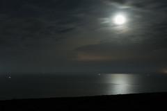 Quiet Night (Rind Photo) Tags: moon seascape beautiful atmosphere skies reflections seashore sea lights rindphoto clauschristoffersen nikond70s afnikkor35mmf2d explore