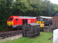 67028 & 33110 Bodmin Parkway (Marky7890) Tags: 67028 class67 dbcargo bodminparkway 33110 class33 heritage diesellocomotive bodminwenfordrailway bodmin bodmingeneral cornwall train