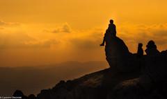 Il tramonto (SDB79) Tags: tramonto siluette montagna rocca calascio abruzzo orizzonti rosso