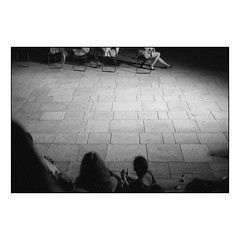 Nightlight (Koprek) Tags: konicahexaraf ilfordhp5 film analog streetphotography stphotographia croatia varaždin spancirfest summer2018