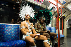 (@AmirsCamera) Tags: nottinghillcarnival2018 carnival nottinghill people festival party streetphotography street london uk city urban underground tube transport costume dress fancy feathers men olympus omdem1 omd em1 colour color august 2018