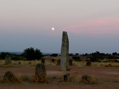 full moon over the xerez circle (lualba) Tags: moon fullmoon cromlech steinkreis stonecircle megalithculture alentejo portugal monsaraz