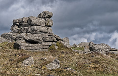 Outcrop (David Feuerhelm) Tags: clouds countryside nature wild moorland dartmoor devon uk england desolate nikkor heather outcrop rocks 70200mmf3556 d90 nikon
