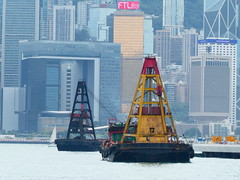 ftlife (Jerryhattric) Tags: hongkong 2018 panasoniclumixdctz90 crane workingboats fromkowloon