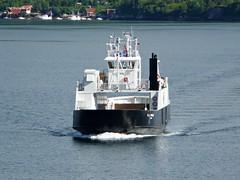 """""""Kjerringøy"""" (OlafHorsevik) Tags: ferge ferga ferry ferja ferje kjerringøy misten festvåg torghattennord thn"""