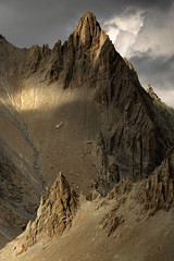 Dreamin' of Karakorum (DBPhotographe) Tags: trek hikking landscape mountain peak light alps french rocks autumn