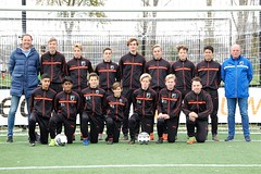 "HBC Voetbal | JO16-1 • <a style=""font-size:0.8em;"" href=""http://www.flickr.com/photos/151401055@N04/31985836648/"" target=""_blank"">View on Flickr</a>"