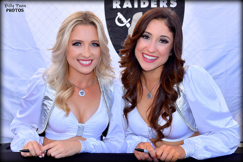 2018 Oakland Raiderettes Taylor & Nicola