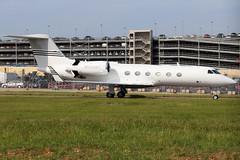 N550WT (GH@BHD) Tags: n550wt gulfstreamaerospace gulfstream g4 g450 guiv guivsp corporate executive bizjet ltn eggw londonlutonairport lutonairport luton aircraft aviation