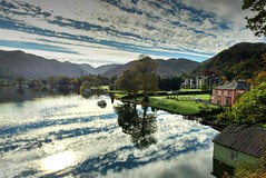 Ullswater in the Lake District - reflections (deanhammersley) Tags: lakedistrict ullswater clouds reflection mirror lake water cloudformations autum innonthelake countryside scenic landscape reflections