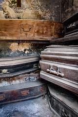 Cementerio de la Recoleta (triniquito) Tags: buenosaires argentina sudamerica cementerio larecoleta cemetery grave tumba coffin death muerte old antiguo
