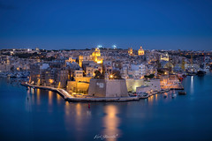 L-Isla (glank27) Tags: lisla senglea malta grand harbour architecture cityscape city three cities cottonera port blue hour bastions karl glanville gardjola canon eos 5d mark iv ef70300mm f456l is usm europe history fortress fortifications long exposure