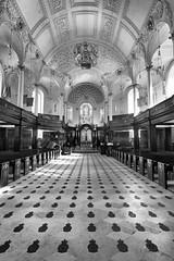 St Clement Danes (MKHardyPhotography) Tags: london church mkhardy st clement danes blackandwhite