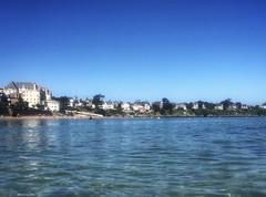 Saint Lunaire, dimanche matin..... (G.Billon) Tags: côtedémeraude beach gbillon iphoneography iphone breizh bzh bretagne saintlunaire