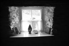 Muckross House Window (andy_sunley) Tags: fuji fujis3pro fujifinepixs3pro ireland muckrosshouse killarney republicofireland killarneynationalpark countyofkerry kerry munster blackandwhite virginmary ourlady window muckross house gardens and traditional farms