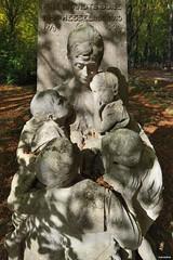 Rozendaal (Fred van Daalen) Tags: rozendaal gelderland veluwe veluwezoom arnhem velp cemetery netherlands
