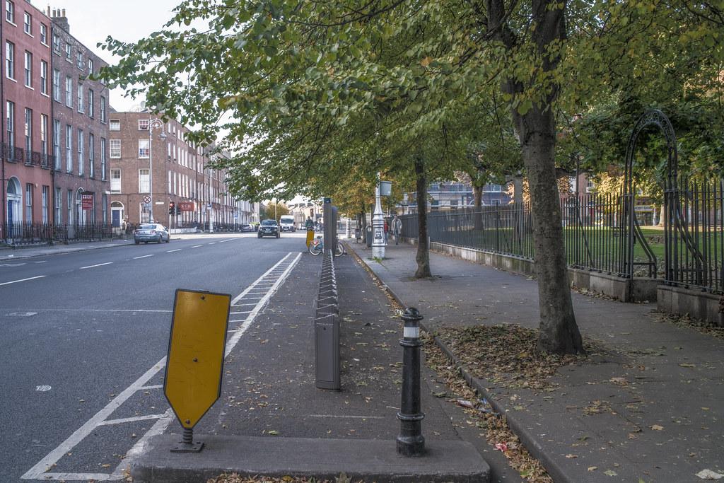 DUBLINBIKES DOCKING STATION No 28 [WEST MOUNTJOY SQUARE]-144906