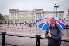 Stephanie in front of Buckingham Palace.
