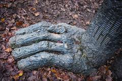 YSP (Miss Emma Gibbs) Tags: ysp yorkshiresculpturepark jb sophieryder hares sculpture art installations hands paws