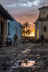 Sunset in Trinidad, Cuba (kuhnmi) Tags: reflection reflexion sunset sonnenuntergang evening abend palmtree palme palmen church kirche dusk twilight abenddämmerung cityscape town städtchen stadtlandschaft foreground vordergrund cuba kuba trinidad architektur architecture water wasser pfütze