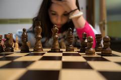 Aprendiendo a Jugar (jlnavarro76) Tags: retrato portrait sony rx100 chess ajedrez kids niños bokeh catalonia catalunya cataluña