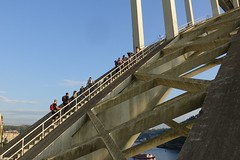 Ponte da Arrábida (Highway1624) Tags: porto bridge climb portugal ponte da arrábida