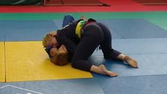 Bjj Women (BLLLCCC) Tags: martialarts deporte sport esporte adulto adult feminino female technique pressão pressure baresoles solas soles chulé descalça pés feet barefeet barefoot bjj jiujitsu fight luta mat tatame gi kimono