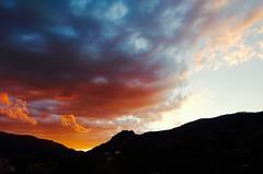 Rojo Fuego ......XT  80vp (valorphoto.1) Tags: seleccioónvp paisaje natural nubes atardecer sunset color cielo sky cel photodgv