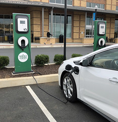 Whole Foods EV Charger -A (KathyCat102) Tags: blink ev level2 charger l2 wholefoods store chevy chevrolet volt electricvehicle plugin hybrid lancaster pa pennsylvania