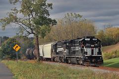 The Solvay turn (Bingley Hall) Tags: rail railway railroad transport train transportation trainspotting freight diesel locomotive engine b237 ge solvay usa america newyork ny fglk fingerlakesrailway shortline