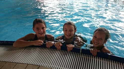 Di Vormittag im Schwimmbad