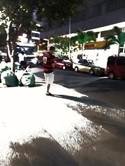 na torcida (lucia yunes) Tags: gente torcida flamengo time futebol cenaderua fotografiaderua fotoderua mobilephoto mobilephotographie motozplay luciayunes streetphoto streetshot streetphotographie streetscene football
