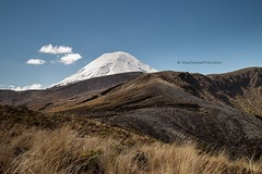 snow capped Mt Ngauruhoe and volcanic landscape (hueymilunz) Tags: newzealand newzealandtransition nz landscape travel mountain white blue season outdoor