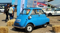 BMW Isetta 300 1965 (XBXG) Tags: ex2301 bmw isetta 300 1965 bmwisetta blue bleu bubblecar historic grand prix 2018 circuit park zandvoort cpz race track motorsport nederland holland netherlands paysbas vintage old german classic car auto automobile voiture ancienne allemande germany deutsch duits deutschland vehicle outdoor