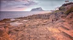 (441/18) Muchos recuerdos agradables (Pablo Arias) Tags: pabloarias photoshop ps capturendx españa photomatix nubes cielo arquitectura mar agua mediterráneo paisaje rocas montaña peón ifach calpe alicante