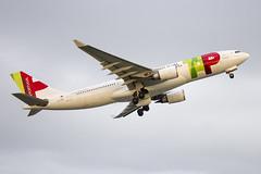 CS-TON | TAP Air Portugal | Airbus A330-202 | CN 904 | Built 2008 | LIS/LPPT 02/05/2018 (Mick Planespotter) Tags: cston tap air portugal airbus a330202 904 2008 lis lppt 02052018 aircraft airport 2018 lisbon portela a330 a332 flight nik sharpenerpro3