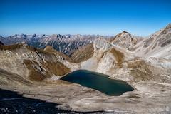 Oberer Seewisee bei der Memminger Hütte (stefangruber82) Tags: alpen alps tirol tarol mountainlake bergsee gebirgssee mountains berge lake see herbst fall