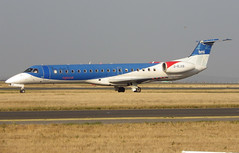 G-RJXB, Embraer ERJ-145EP, 145142, bmi Regional, CDG/LFPG 2018-10-19, taxiway Bravo-Loop, outbound to BRS. (alaindurandpatrick) Tags: grjxb embraer embraerregionaljet embraererj145 erj145 e45 145142 bm bmr midland bmiregional airlines cdg lfpg parisroissycdg airports aviationphotography