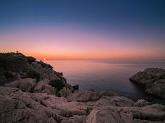 Sunrise_Capdepera (Lukas P Schmidt) Tags: calaratjada capdepera felsen klippen leuchtturm lighthouse mallorca meer mittelmeer ocean sonnenaufgang sunrise