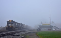 NS power delivering grain cars to South Milford on the Indiana Northeastern at Ashley Indiana (Matt Ditton) Tags: ashley indiana norfolk southern fog