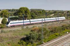 Alvia s120 (Escursso) Tags: alvia bellvei caf mediadistancia renfe tarragona railway s120 train tren 120 121 s121 ave